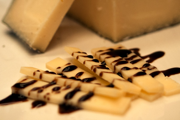 Pairings Balsamic & Cheese grand fromage